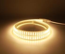 Đèn led dây kingled sử dụng chip led 5050 cho hiệu năng chiếu sáng cao và bền bỉ trong điều kiện khắc nhiệt. Sản phẩm được bảo hành 2 năm trên toàn quốc